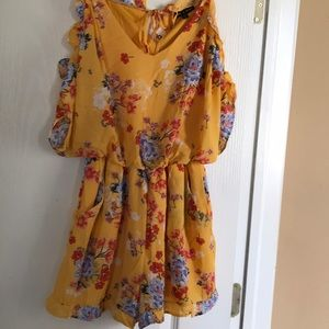 As U Wish Romper with flowers size M.